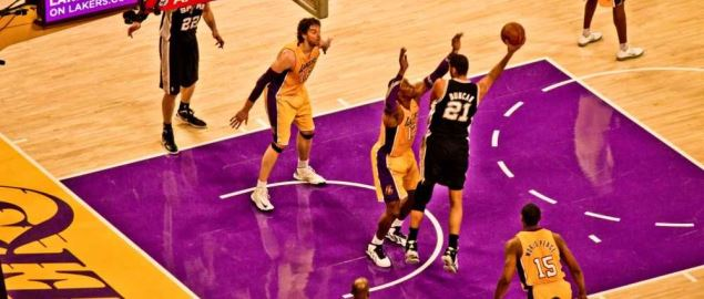 San Antonio Spurs against the Los Angeles Lakers at the Staples Center.