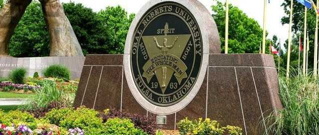 Oral Roberts University welcome sign.